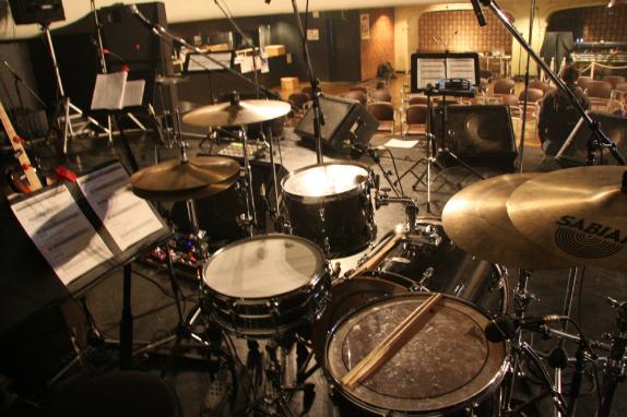 佐治宣英 ドラム
